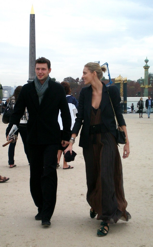 Anja Rubik with boyfriend at Chloé