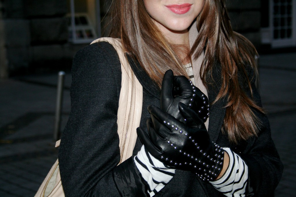 Close-up of the gloves