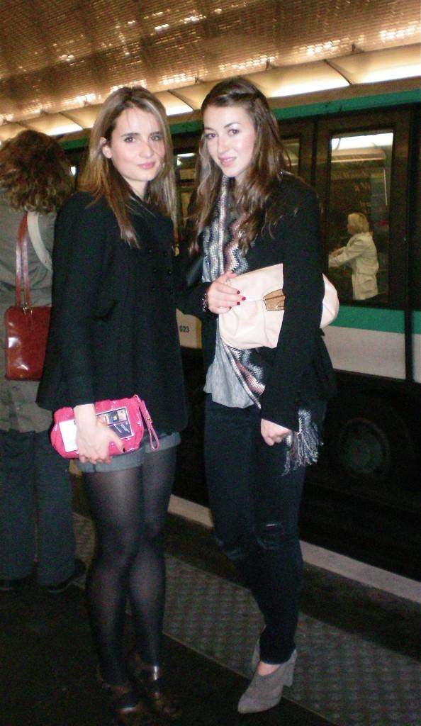 Les Coupines dans la metro