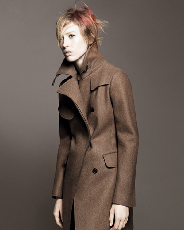 jil sander uniqlo_CAMEL TRENCH